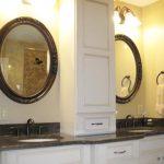 bathroom-2round-mirrors