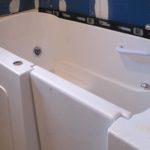 bathroom-handicap-jacuzzi