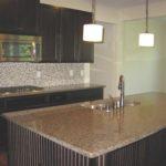 kitchen-backsplash-dark-cabinets