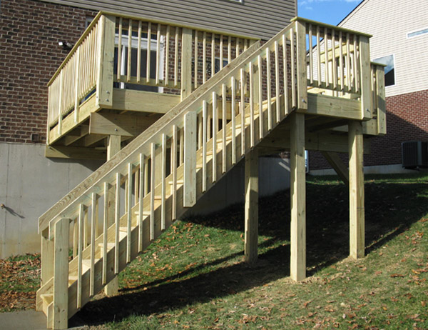 deck long stairs