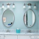bathroom-teal-mirrors